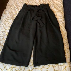 Like New H&M Paperbag Pants